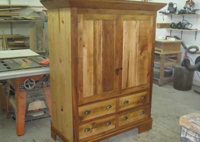 Entertainment Centre in reclaimed century-pine